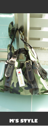 2 迷彩イタリアでかバッグ!¥13800