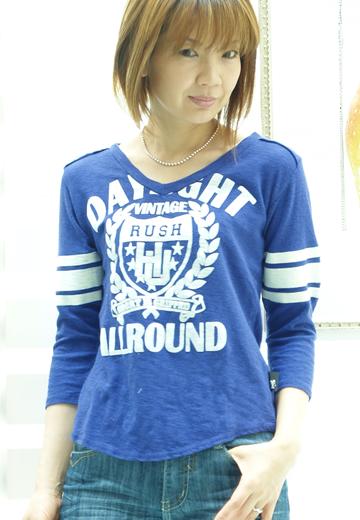 プリマベーラ Vネック Tシャツ 2990円