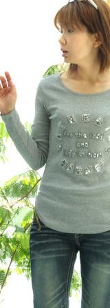 2 キャサリンハーネル きらTシャツ