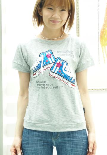 2 プリマベーラ スニーカーTシャツ 2990円