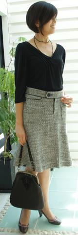 2 アビリタとキャサリンハーネルスカート(スーツの下の)