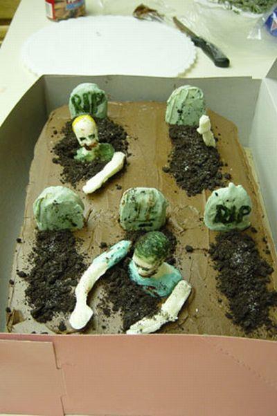 weird_and_creepy_cakes_32