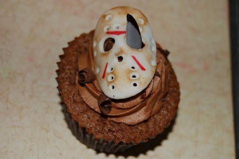 weird_and_creepy_cakes_26