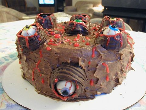 weird_and_creepy_cakes_20