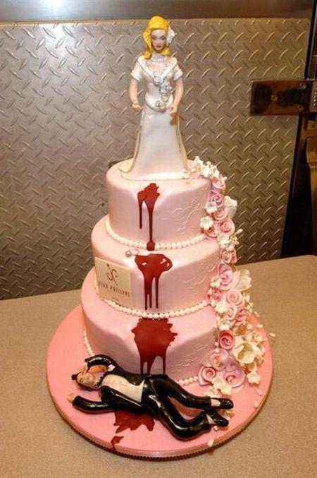 weird_and_creepy_cakes_04