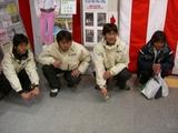 石澤、岡村、岡部選手と鈴木コーチ