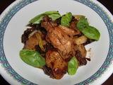 鶏の手羽先の甘辛煮(醤油煮)の完成