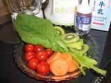 新鮮野菜ジュースの材料