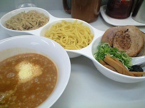 つけ麺麺(笑)