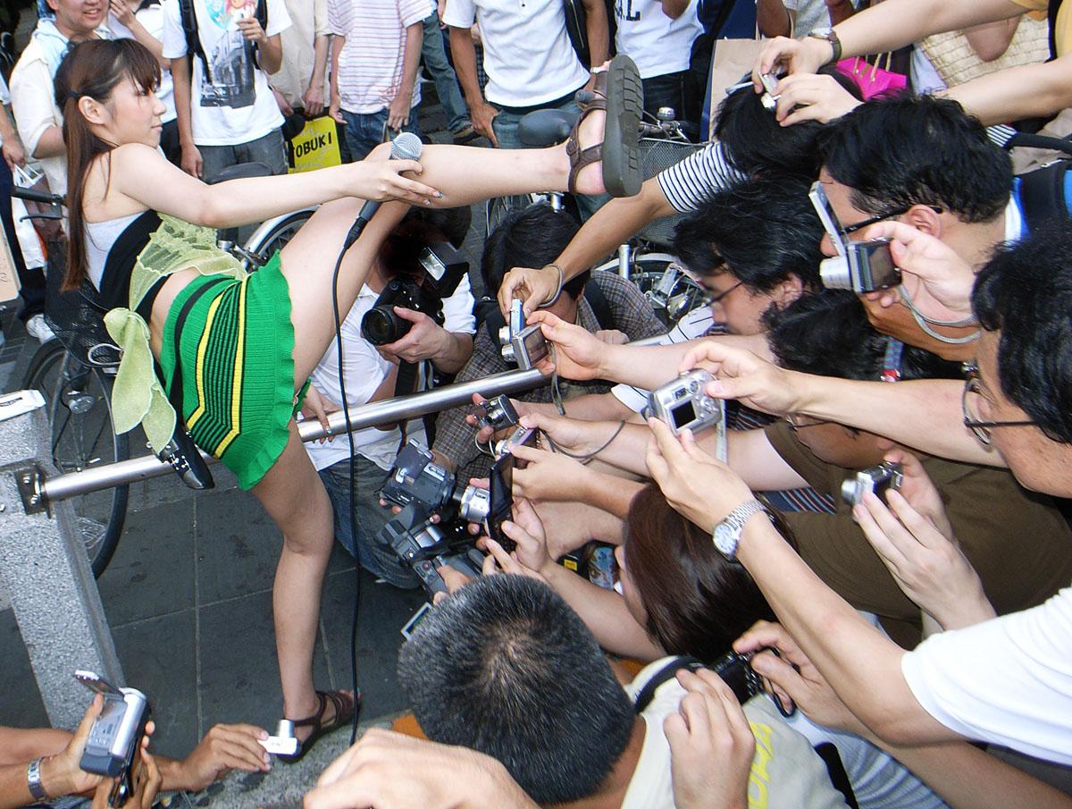 Пьяная японка не может 24 фотография