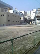 ジャスコ跡地(西側):中央通りより撮影、左手前が川村ビル(ベージュ)、奥が和民(黒)