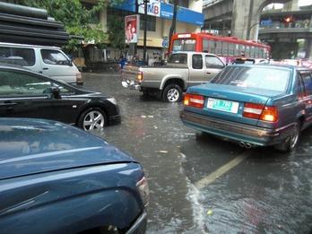 タイ雨-4